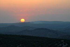 Puesta de sol en Rute. Fotografía de Antonio Lopera