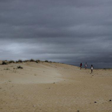 Un desierto frente al mar. Dunas de Corrubedo. Galicia. España. - Yermanasca Due