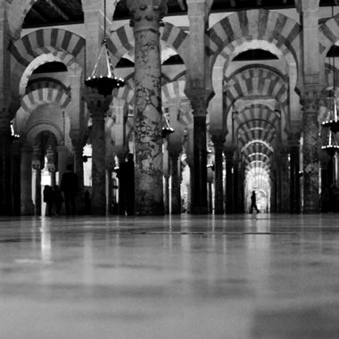 Arcos de La Mezquita. Córdoba. España. - Yermanasca Due