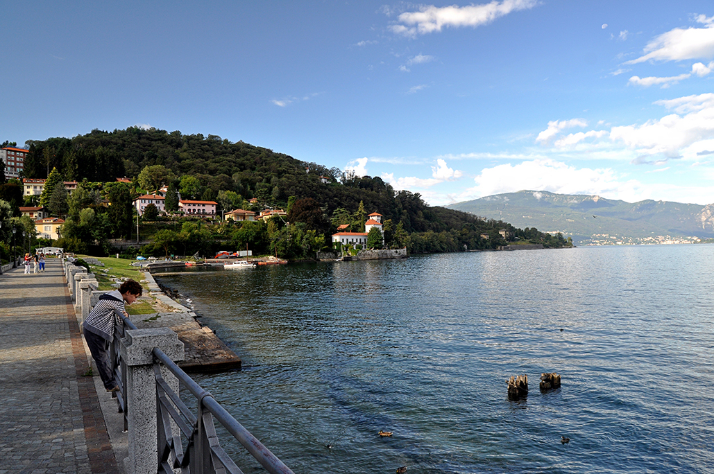 Miradas nuevas. Lago Maggiore. Lombardia. Italia. - Yermanasca Due